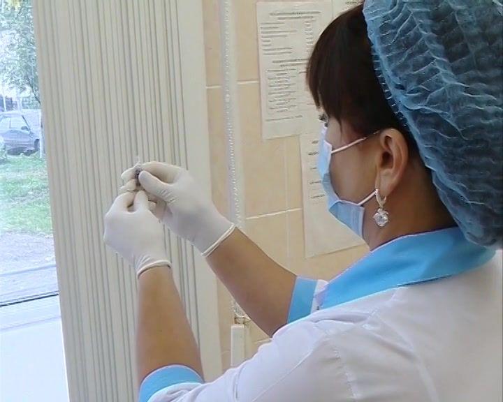 Больше 50 костромичей с коронавирусом лежат в реанимации в крайне тяжелом состоянии