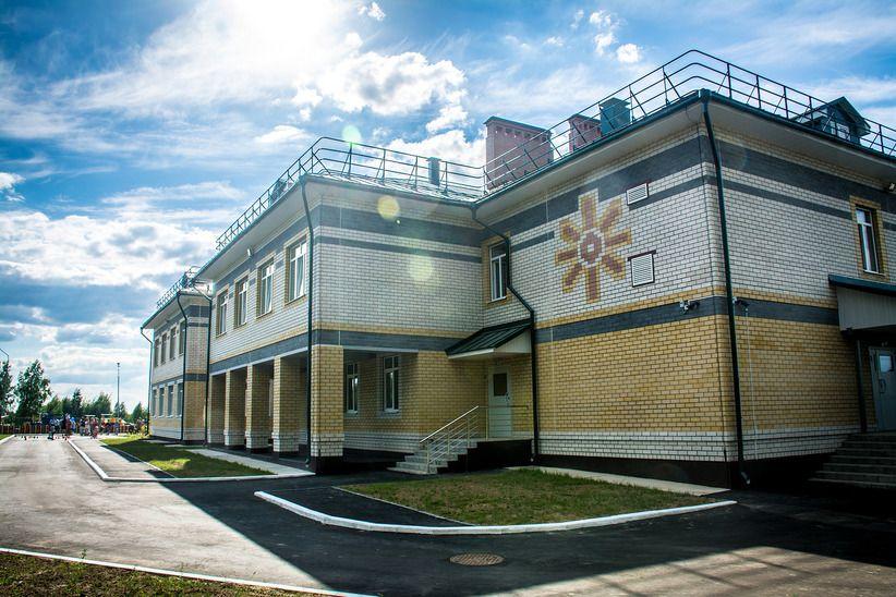Воспитатели забыли малыша на улице у детсада в Костроме: свежие подробности