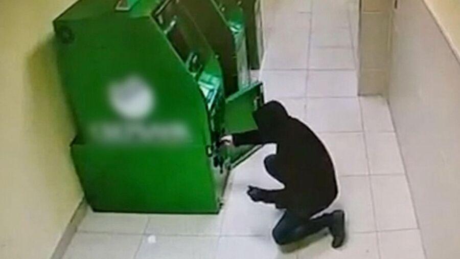 Костромич два раза пытался грабить банк, но отчаялся и пошел в пиццерию