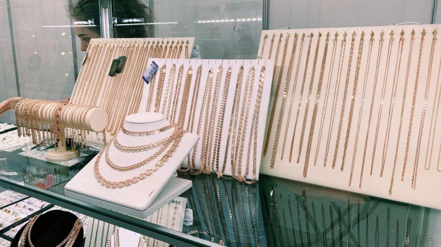 Костромская область стала выпускать еще больше злата-серебра