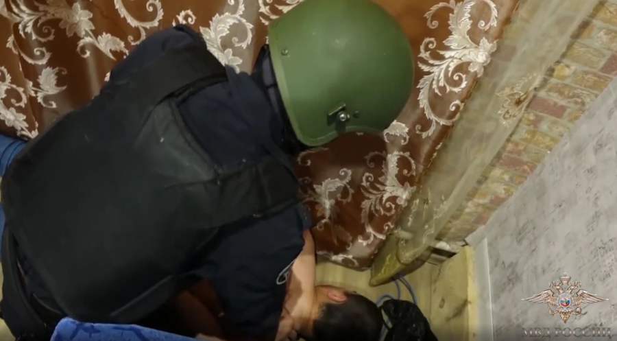 ОМОН в Костроме задержал 19 человек за подставные аварии
