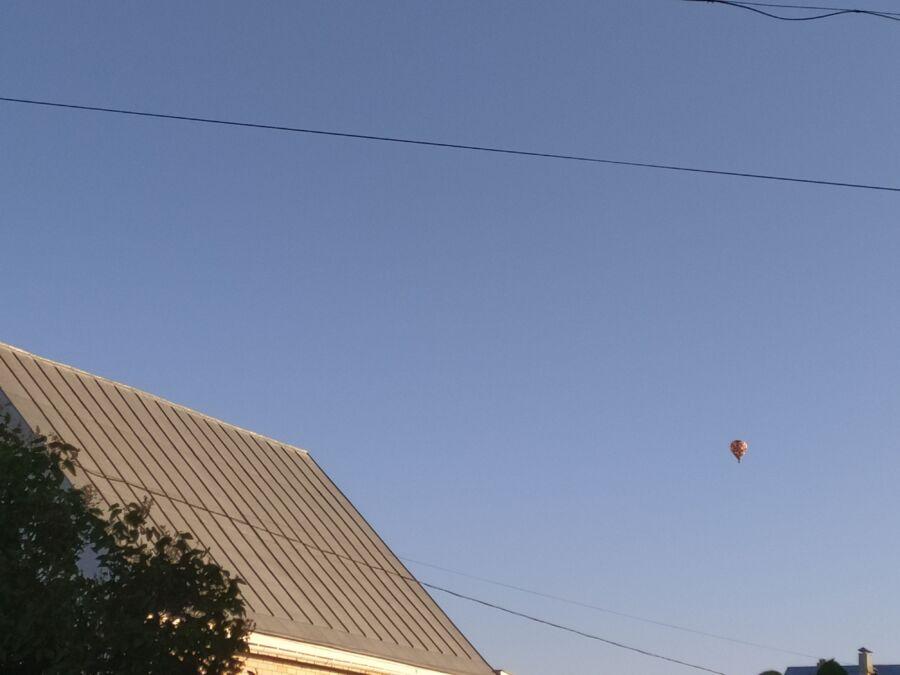 «Слишком громко!»: воздушный шар мешает костромичам спать
