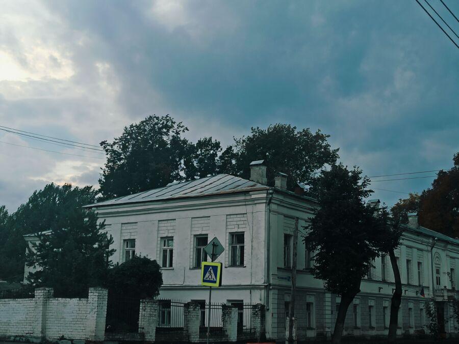 Мертвым в Костроме сделают крышу над головой за 3,5 миллиона рублей