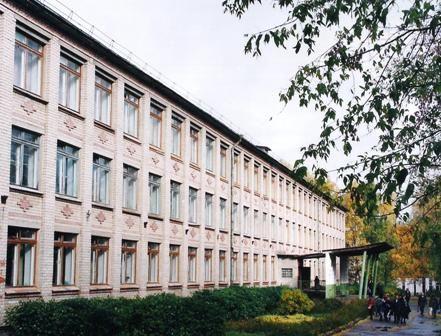 Оголившегося перед школьниками мужчину задержали в Костроме
